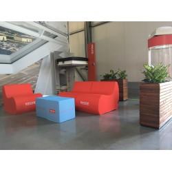 RED CUBE (45x45x45cm)